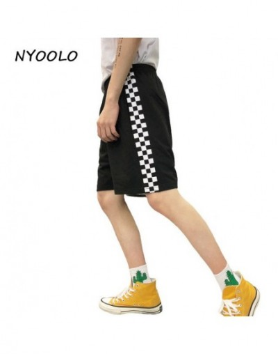 Harajuku design 2018 summer black white plaid shorts streetwear elastic waist casual straight shorts men and women - Black -...