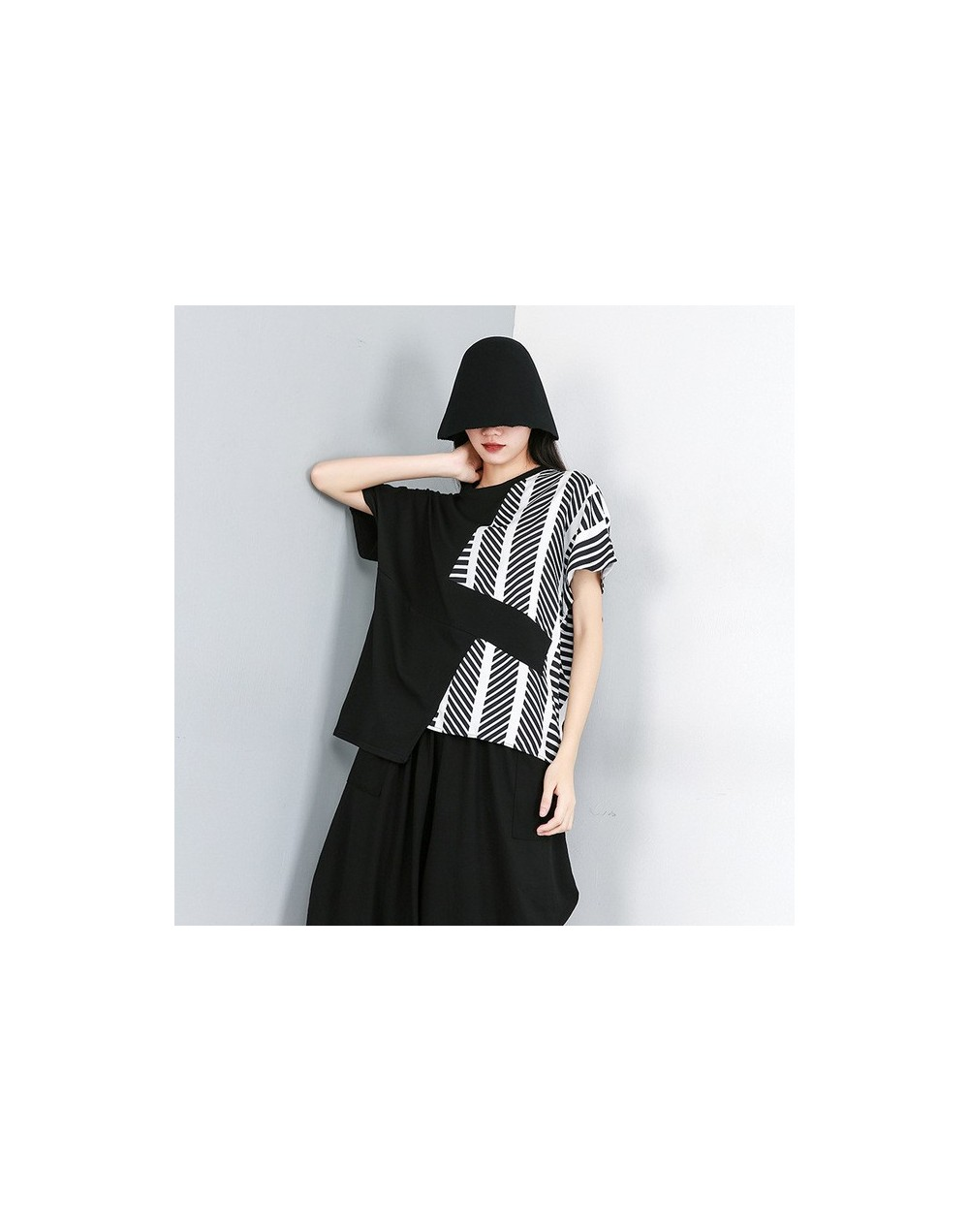 2019 New Summer Fashion Women Clothes Round Neck Batwing Sleeves Striped Contrast Colors Loose Shirt Female Top WH19400 - bl...